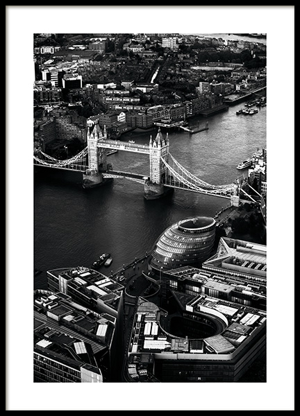 View of Tower Bridge Poster in de groep Posters / Studio Collections / Studio Cosmopolitan / London bij Desenio AB (11375)