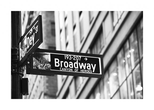 Broadway Sign Poster / Zwart wit bij Desenio AB (11311)